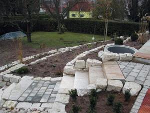 Natursteinarbeiten im Gartenbereich